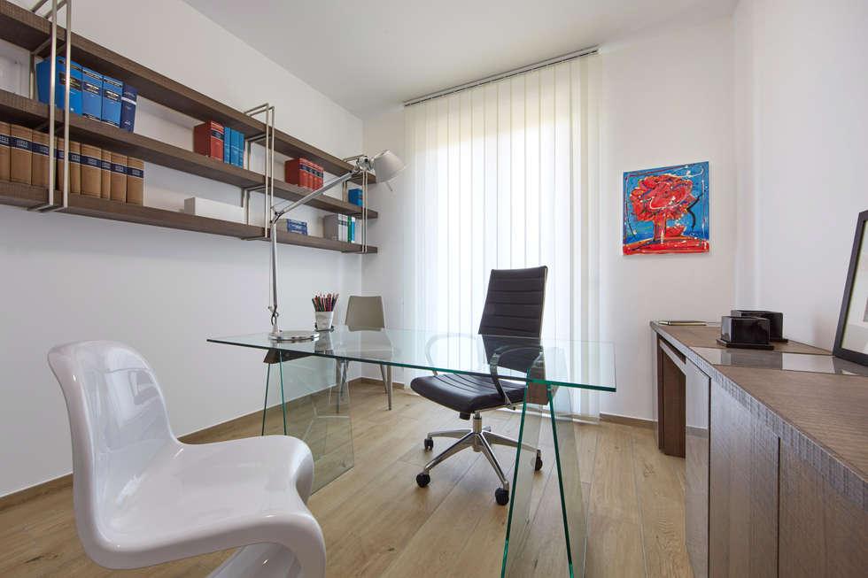 Idee arredamento casa interior design homify for Arredamento studio legale moderno