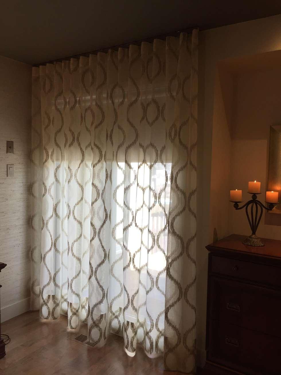 Chambre des maîtres: Chambre de style de style Moderne par IDESIGN Laflamme