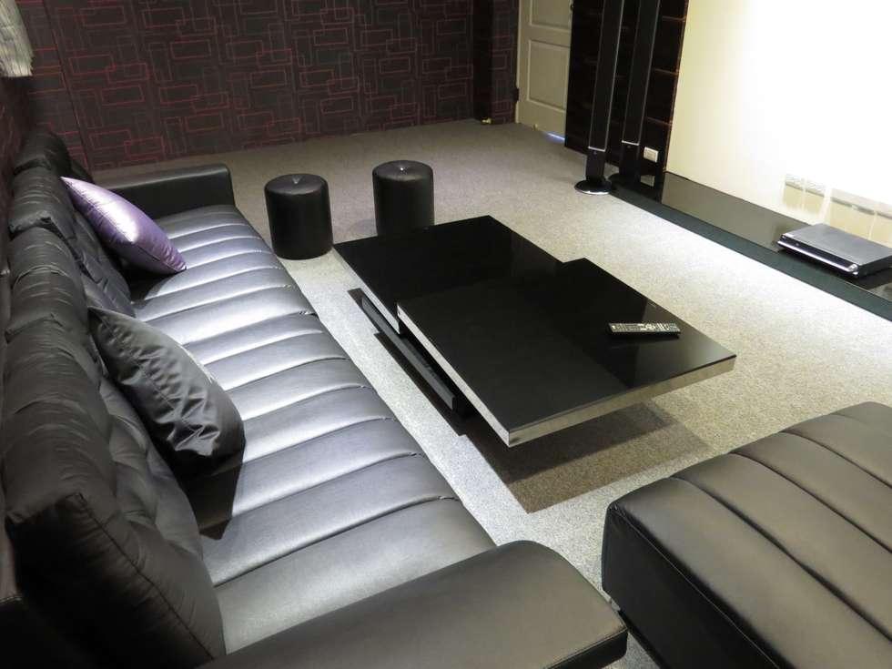 品味溫馨舒適機能性規劃:  影音室 by 登品空間規劃工程有限公司