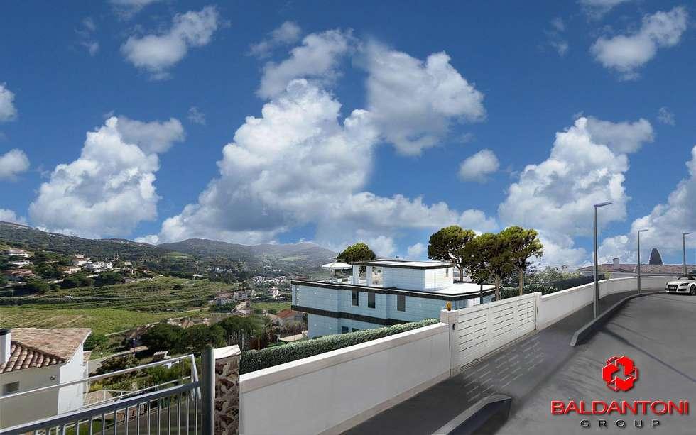 Vista dall'esterno della villa: Case in stile in stile Moderno di Baldantoni Group