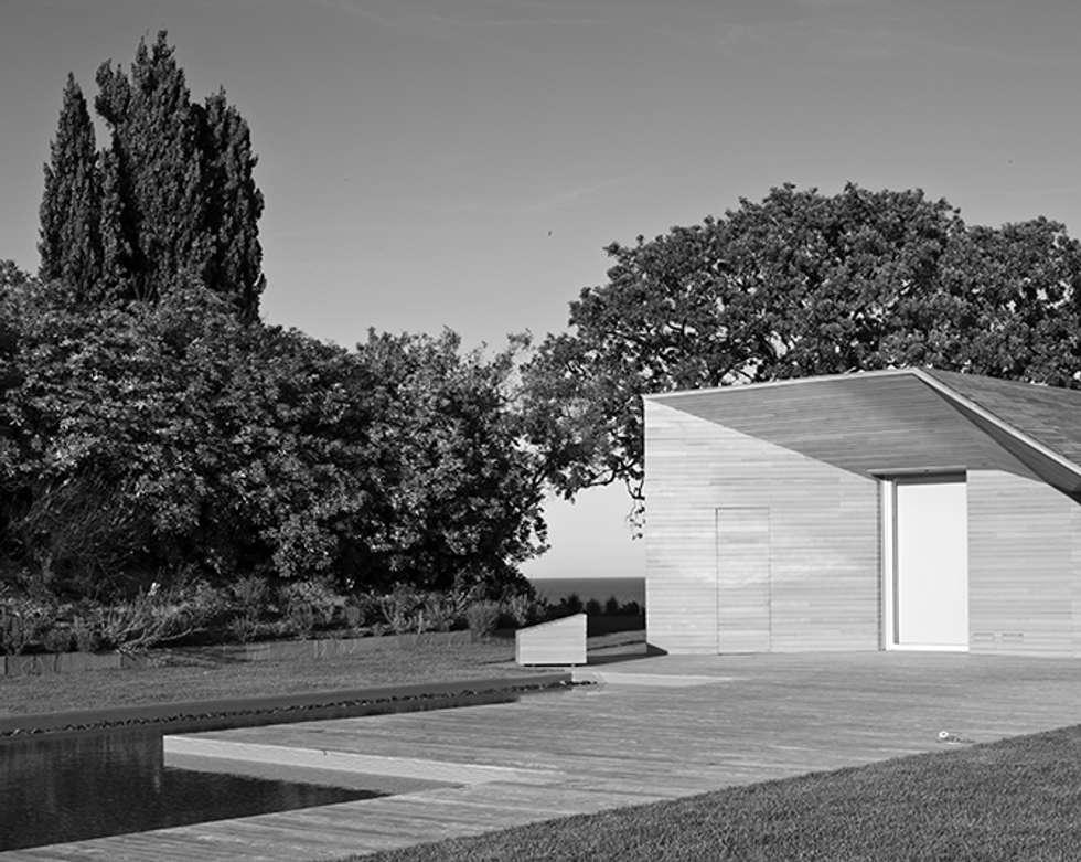 Foto di Jacopo Ferrari: Casa di legno in stile  di smellof.DESIGN