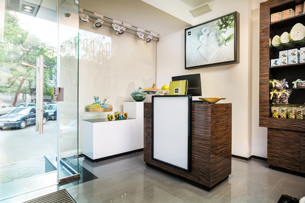 Commercial Spaces by Mazura