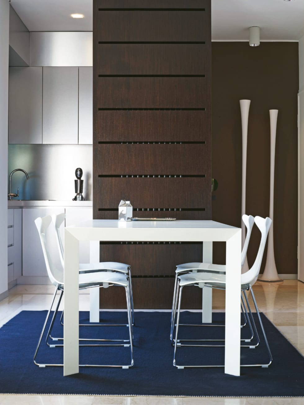ZONA PRANZO: Sala da pranzo in stile in stile Moderno di Daniele Franzoni Interior Designer - Architetto d'Interni