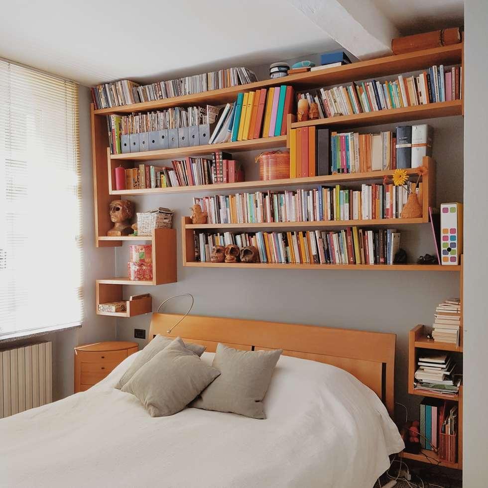 Vista Della Libreria : Camera Da Letto In Stile In Stile Minimalista Di  Smellof.DESIGN