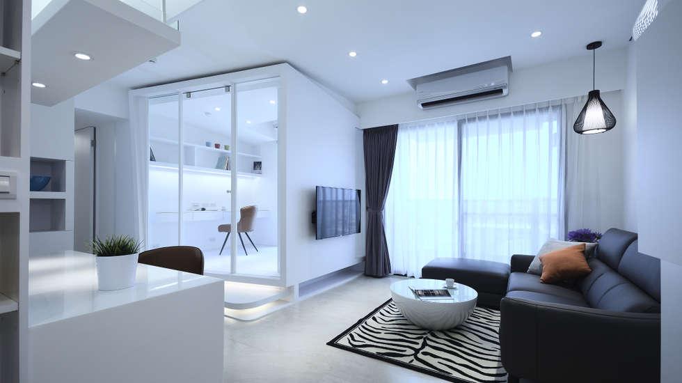 現代風格寧靜休閒風:  客廳 by 瓦悅設計有限公司