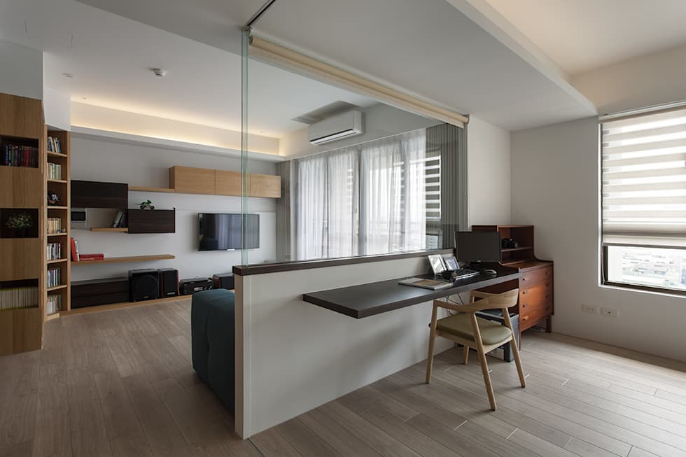 書桌區域:  書房/辦公室 by 禾光室內裝修設計 ─ Her Guang Design