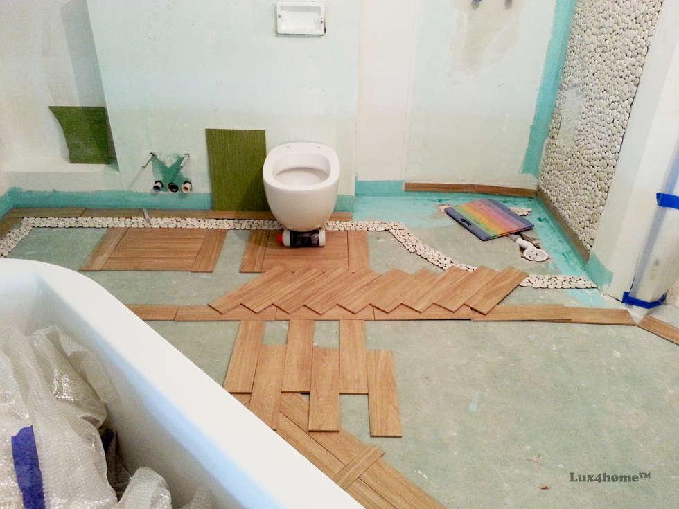 White Pebble Tiles Bathroom Ideas   Pebble Tile Bathtub: Colonial Bathroom  By Lux4home™ Indonesia