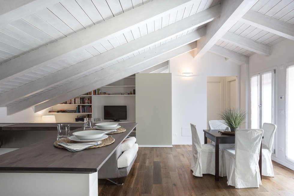Idee arredamento casa interior design homify for Sala pranzo mansarda