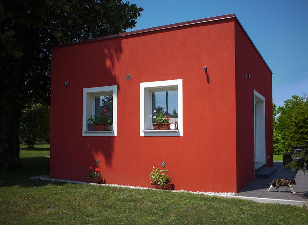 Ampliamento in legno in provincia di Varese: Terrazza in stile  di Novello Case in Legno