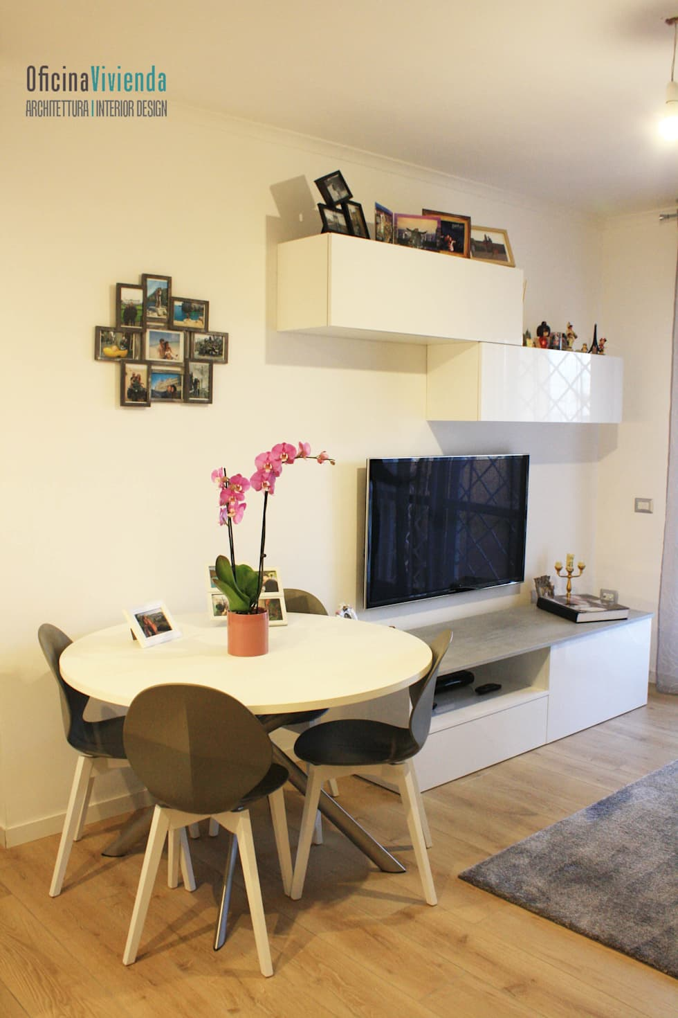 Un piccolo nido per due: Sala da pranzo in stile in stile Moderno di OficinaVivienda _ architettura I interior design