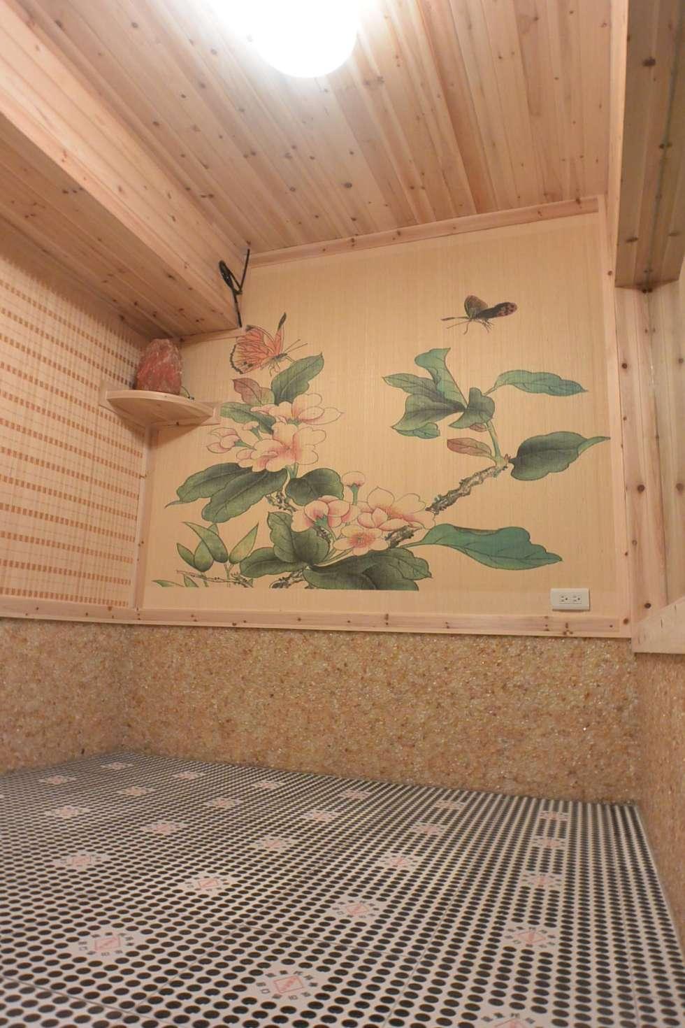 VIP黃水晶汗蒸房:  商業空間 by 萩野空間設計