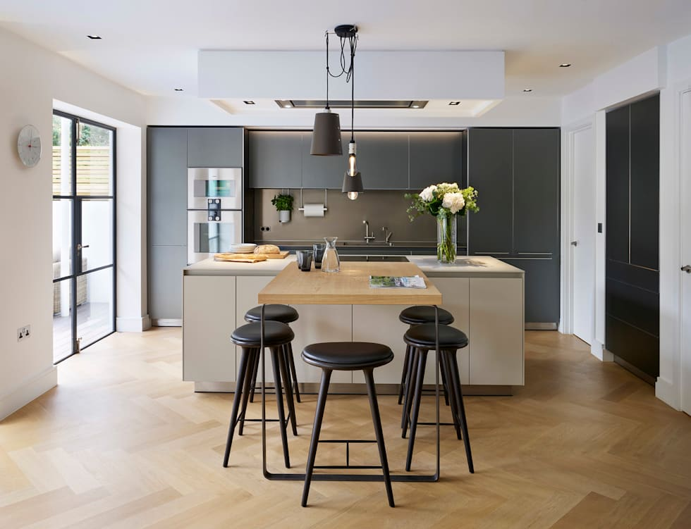 Timeless Living: modern Kitchen by Kitchen Architecture