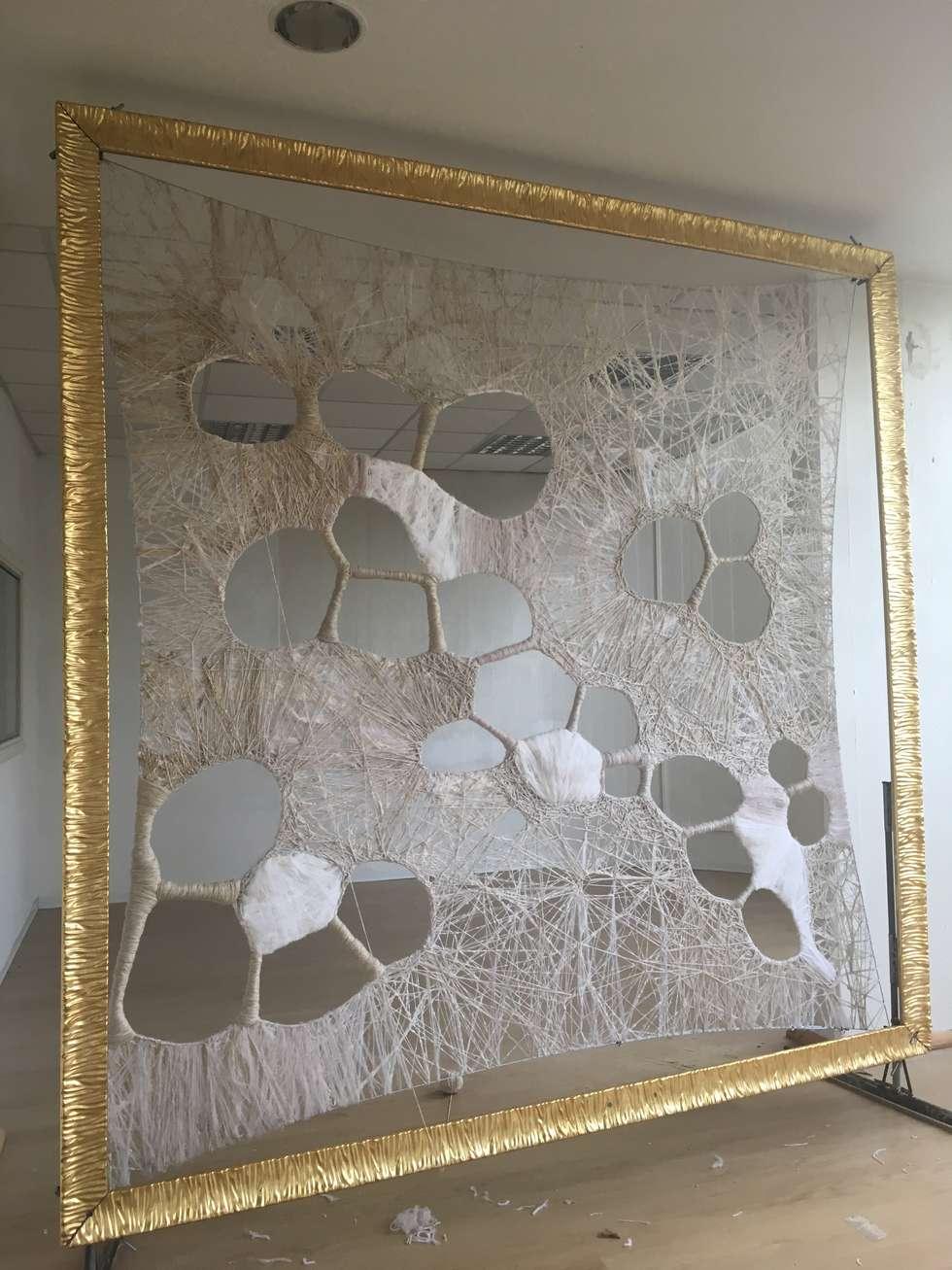 Sintonia: Soggiorno in stile in stile Moderno di Gloria Campriani