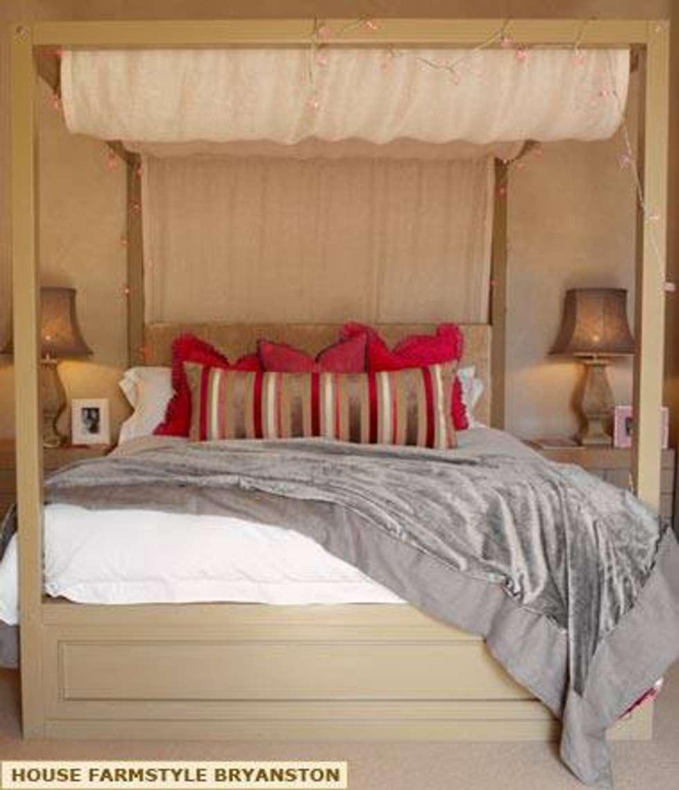 BEDROOM DESIGN.: colonial Bedroom by Kiara Tiara by Tanja Tomaz