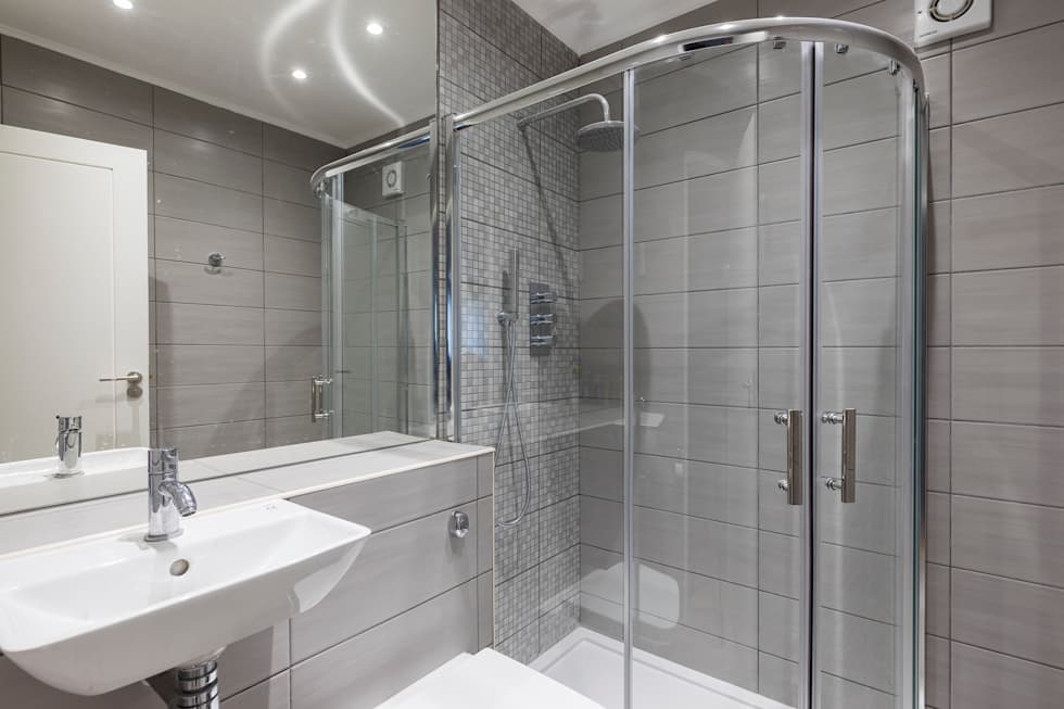 Croydon Whole House Renovation: modern Bathroom by Model Projects Ltd