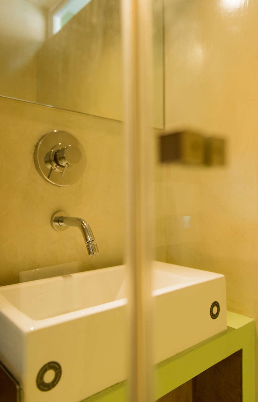 Bagno : Bagno in stile in stile Minimalista di VITAE DESIGN STUDIO
