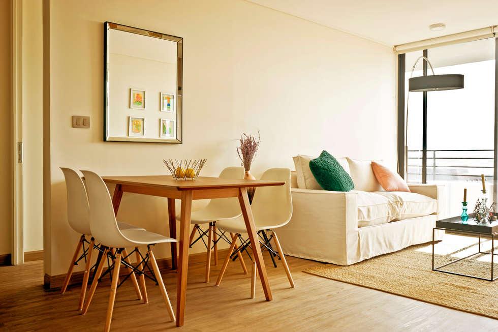 Departamento Barrio Italia: Paisajismo de interiores de estilo  por Klover