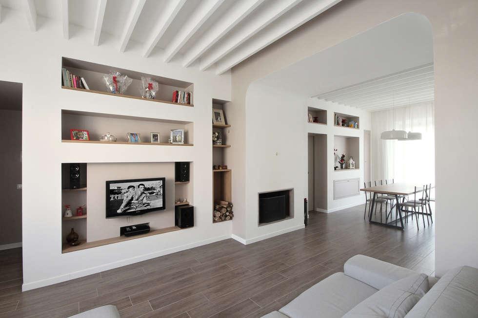 Idee arredamento casa interior design homify for Arredamento soggiorno country chic