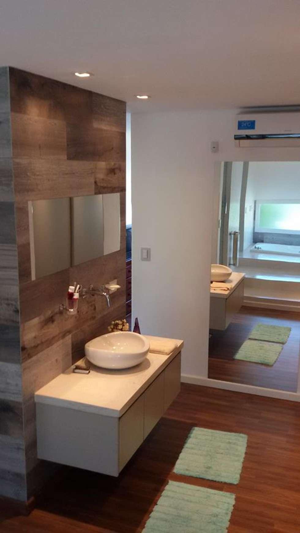 Ante baño : Baños de estilo moderno por Estudio A+I