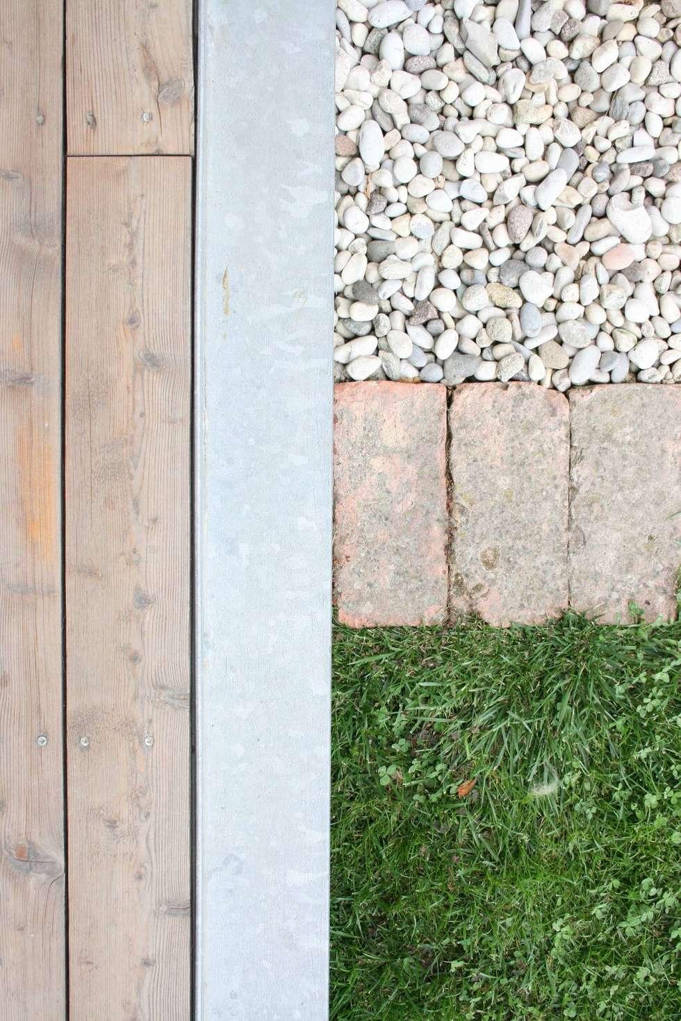 Dettaglio Materiali: Casa unifamiliare in stile  di Massimo Berto Architetto