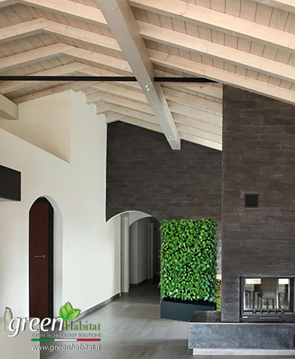 MODULO DIVISORIO VERDE VERTICALE: Soggiorno in stile in stile Moderno di Green Habitat s.r.l.