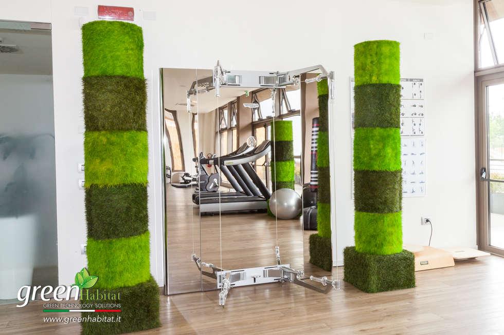 ARREDAMENTO PALESTRA CON ELEMENTI DI DESIGN: Palestra in stile in stile Minimalista di Green Habitat s.r.l.