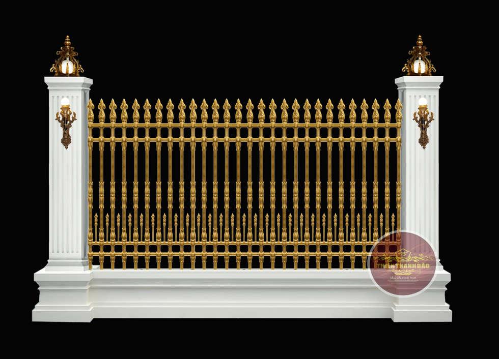 Hàng rào nhôm đúc công tước:  Biệt thự by Cổng nhôm đúc Thiên Thanh Bảo