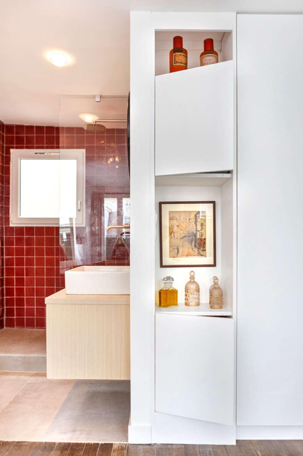Rénovation salle de bain: Salle de bains de style  par Architectures²
