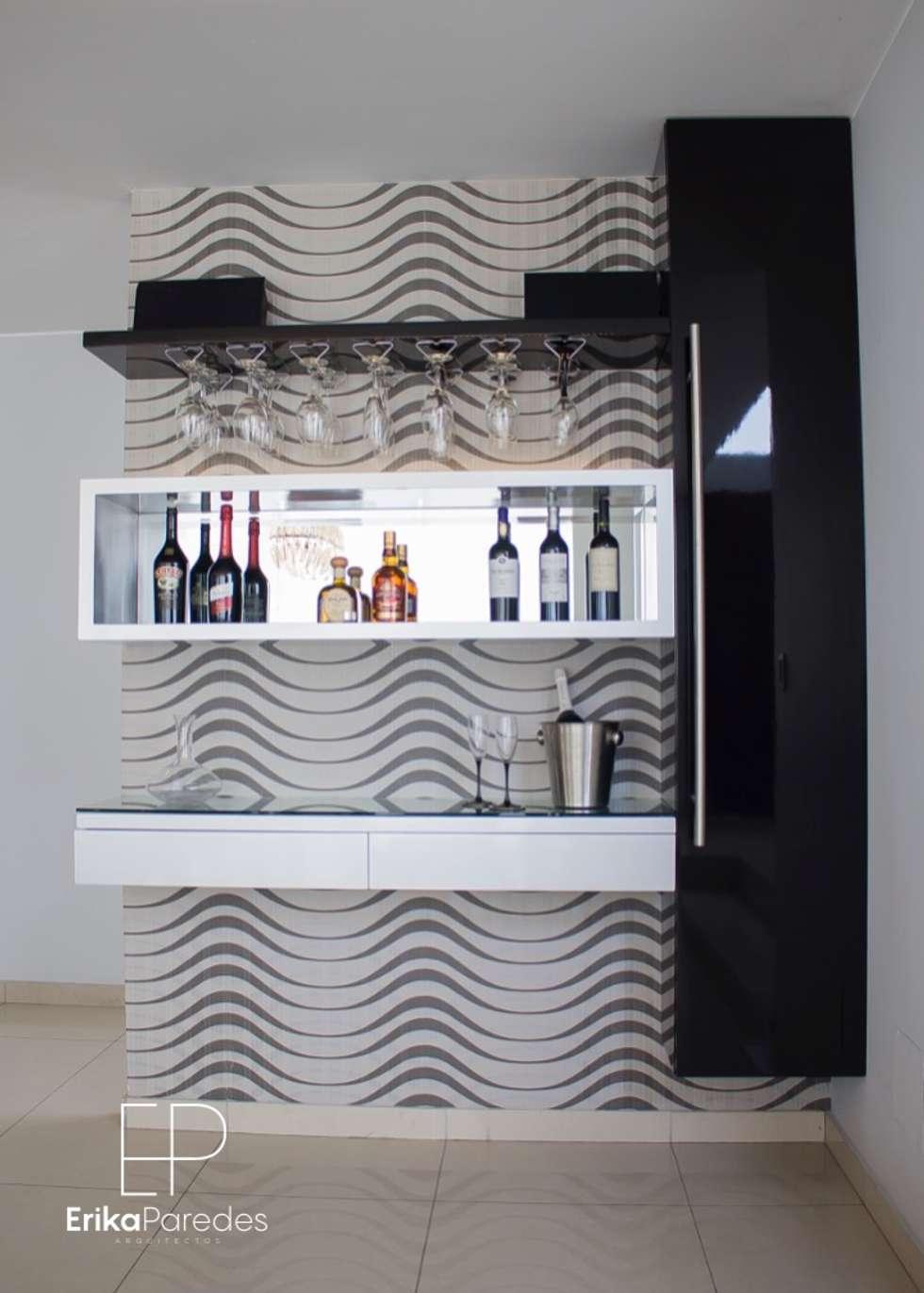 Detalle de Bar: Bodegas de vino de estilo moderno por EPG  Studio
