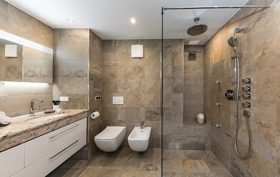 Marmorbadezimmer: Moderne Badezimmer Von Banovo GmbH