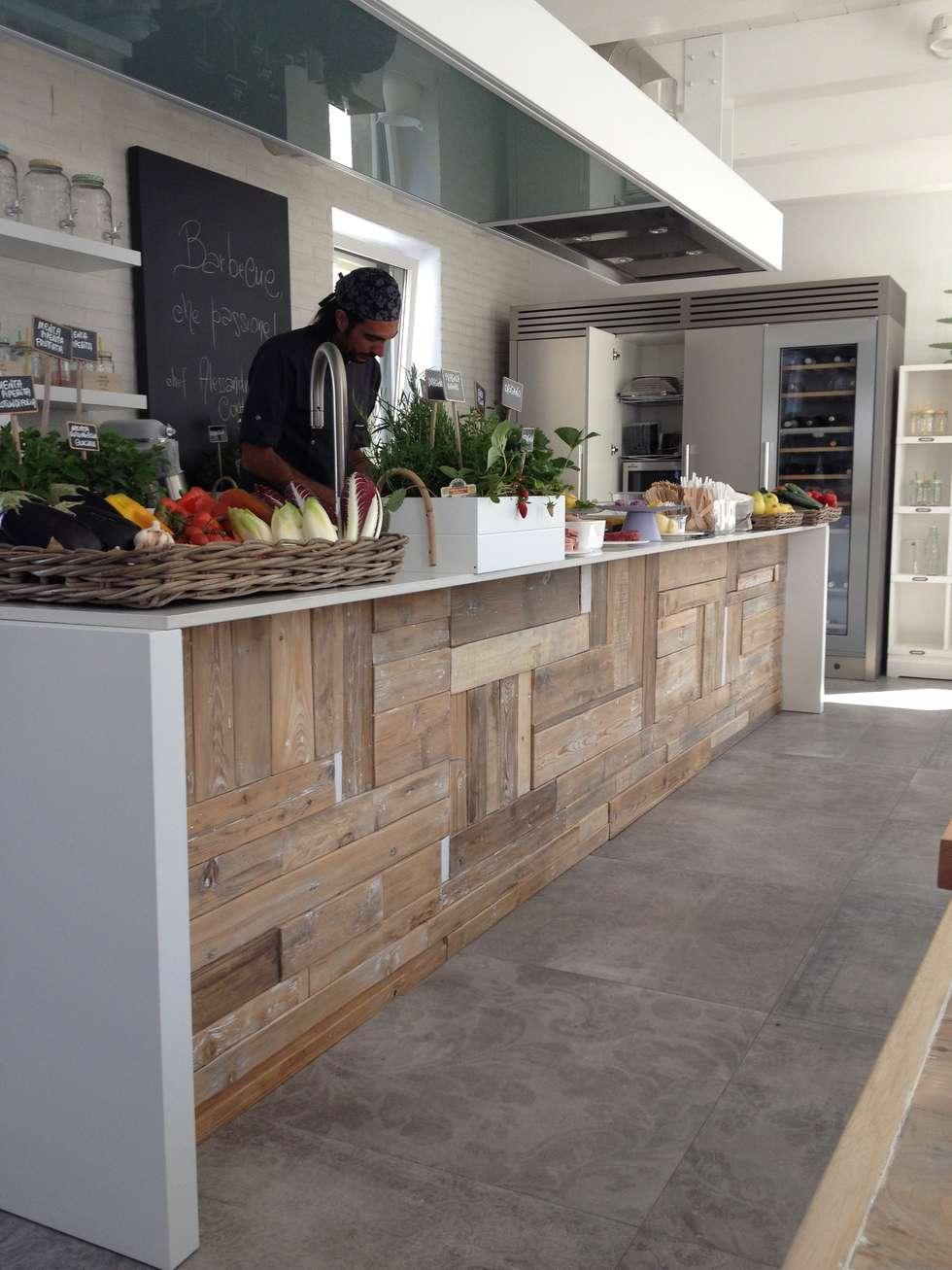 scuola di cucina ad Ancona: Gastronomia in stile  di studioschiavoni