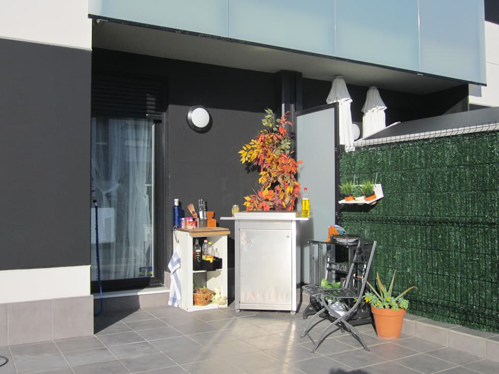 Jardines y terrazas con barbacoa: Jardín de estilo  de Jakisu