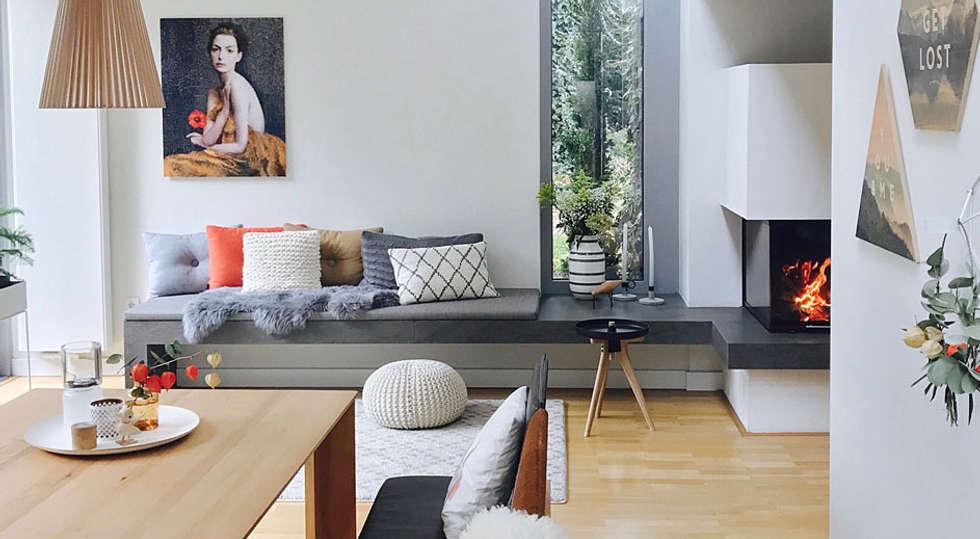 Sitzbank am kamin: moderne wohnzimmer von studio meuleneers | homify