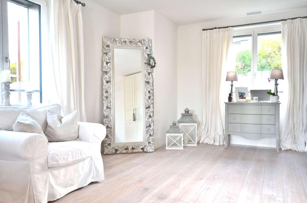 Dekoration Schlafzimmer: Landhausstil Schlafzimmer Von Select Living  Interiors