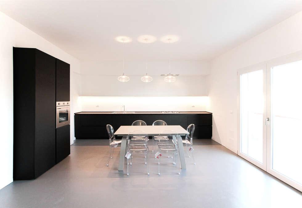 Cucina: Cucina in stile in stile Minimalista di GDArchitetture