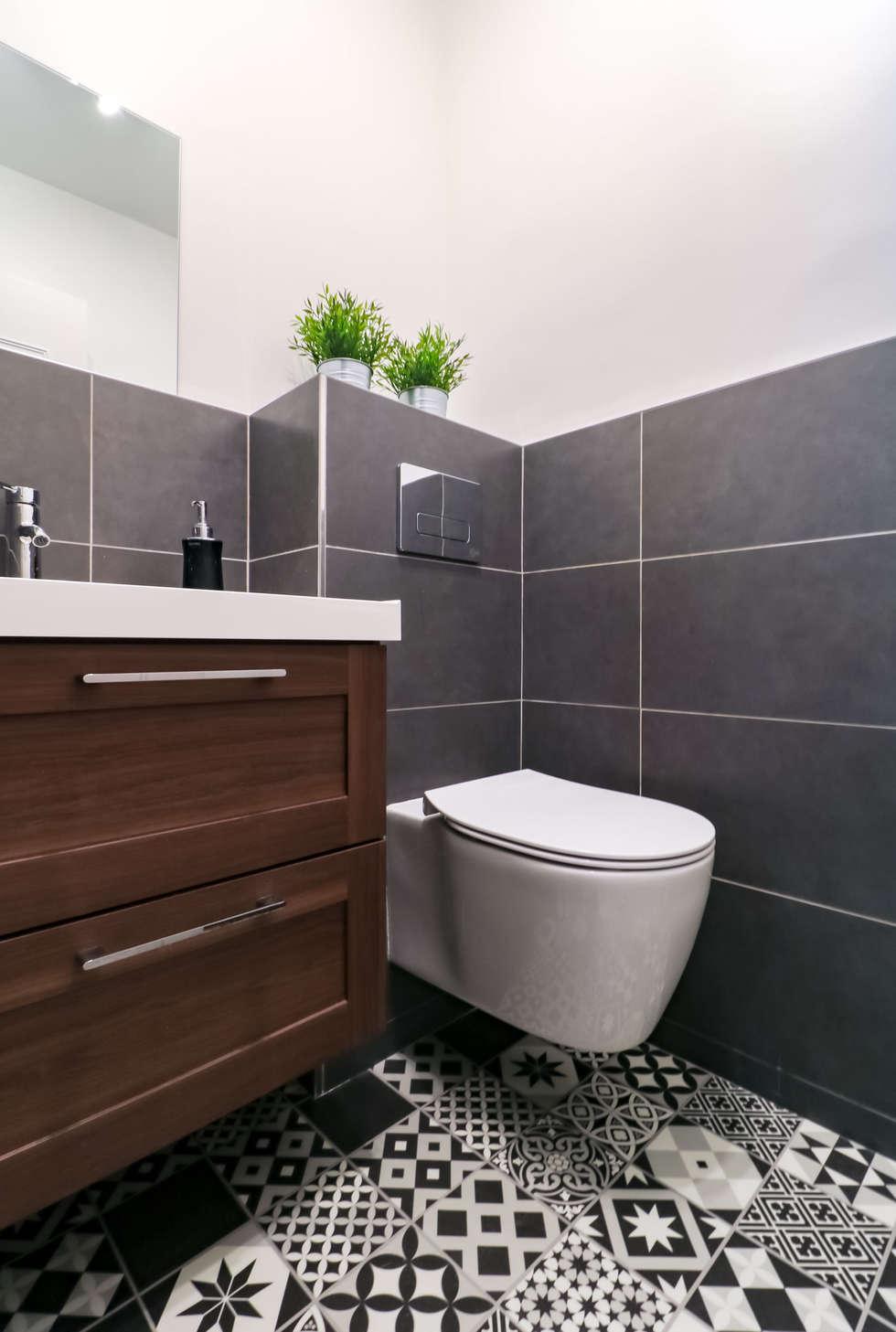 WC Draveil: Salle de bains de style  par Anne Lapointe Chila