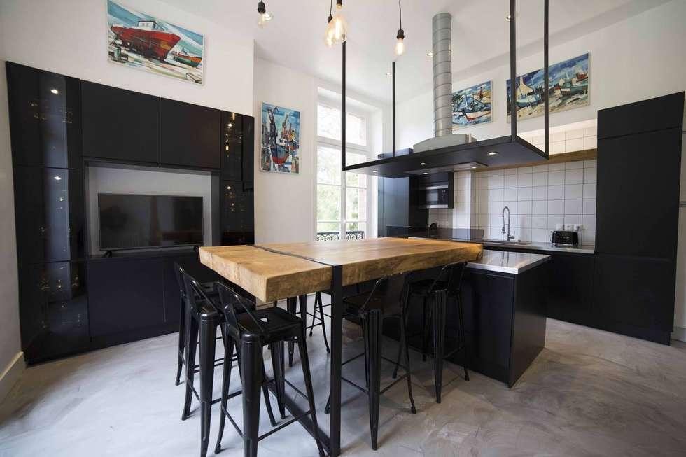 Pour un esprit plus conviviale: Cuisine de style de style Industriel par Clo - Architecture & Design