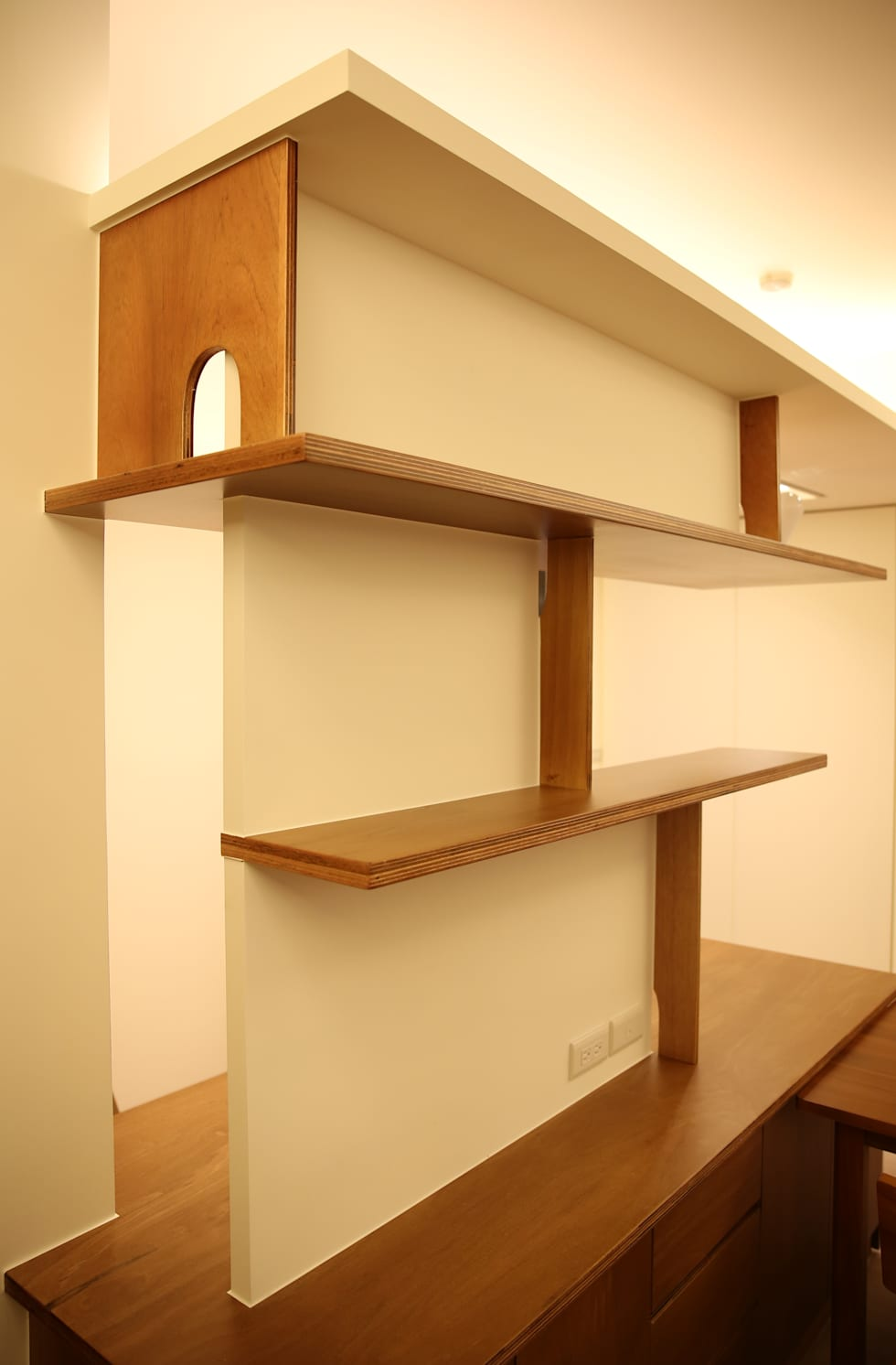 不只是造型:  書房/辦公室 by 王采元工作室