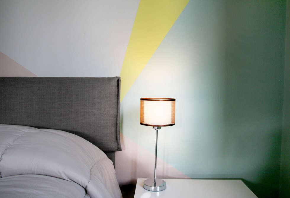 Particolare: arredi e pittura: camera da letto in stile in stile ...