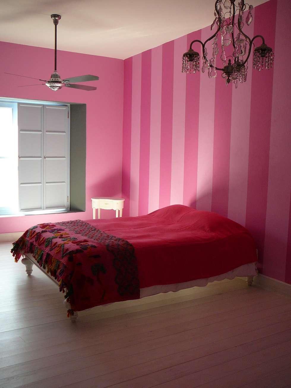 DORMITORIO A RAYAS: Dormitorios de estilo rústico por Estudio Dillon Terzaghi Arquitectura