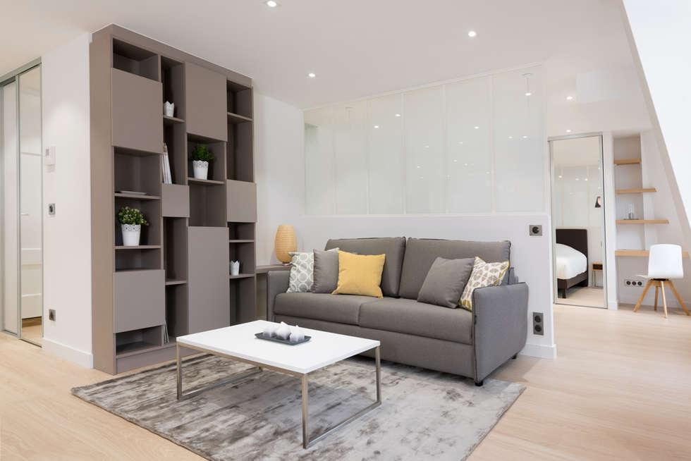 Plan 3D d'un petit appartement: Salon de style de style Moderne par réHome