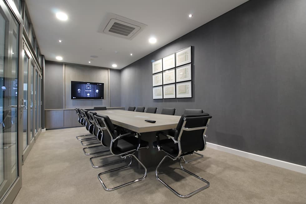 Boardroom:  Commercial Spaces by Projector & Sound Services (PTY) Ltd