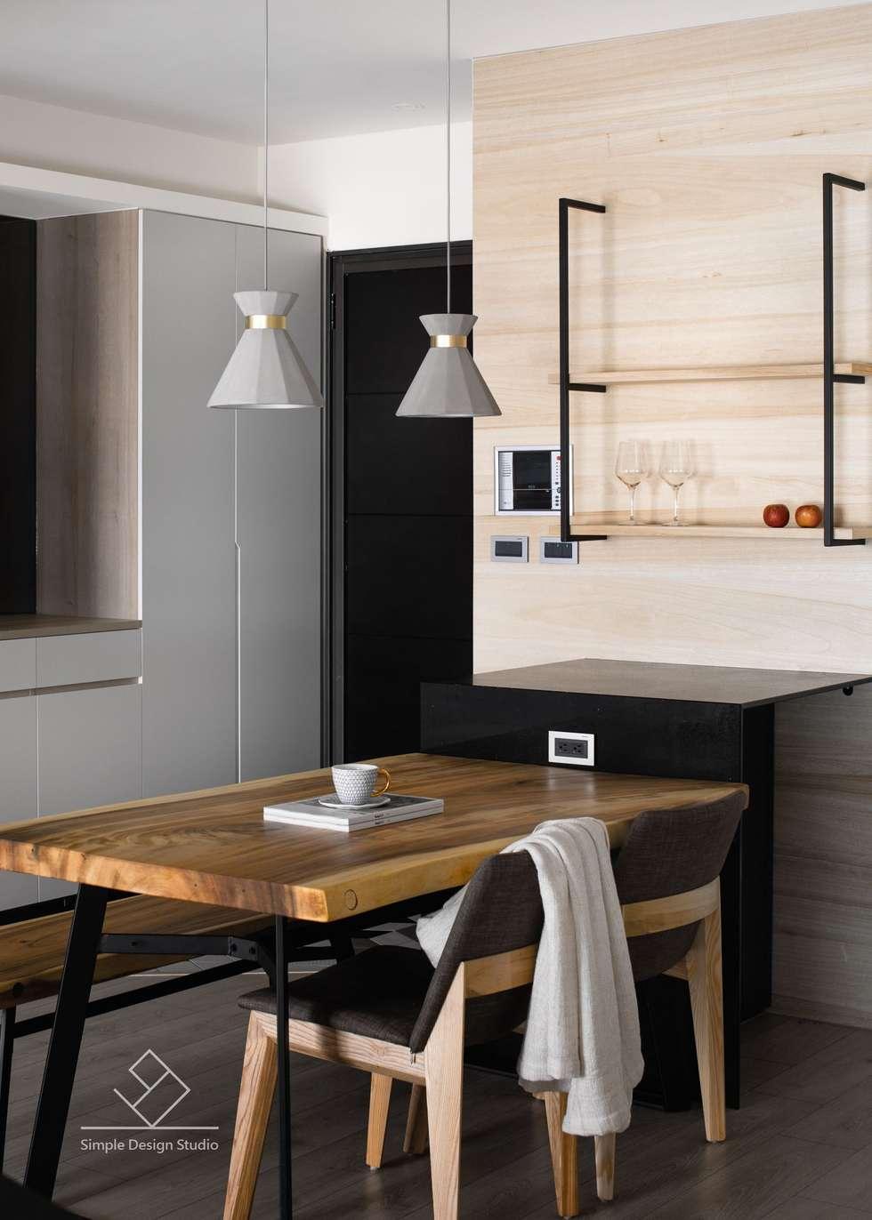 餐桌:  餐廳 by 極簡室內設計