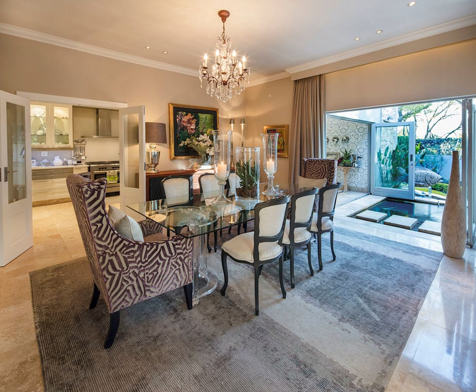 A Dining Room With A View: classic Dining room by Spegash Interiors