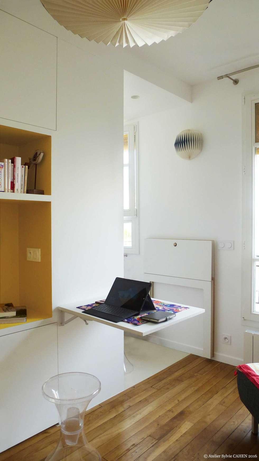 ORIGAMI: Bureau de style de style Moderne par Atelier Sylvie Cahen