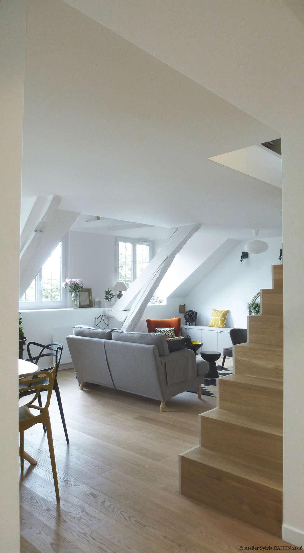 Avenue de Choisy: Salon de style de style Moderne par Atelier Sylvie Cahen