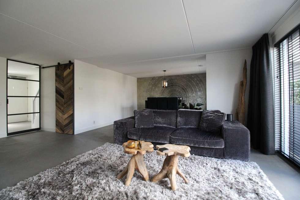 Gietvloer In Woonkamer : Cementgebonden gietvloer in moderne stoere woonkamer: vloeren door