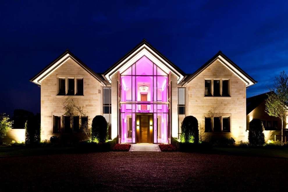 Casas de estilo moderno por Kettle Design