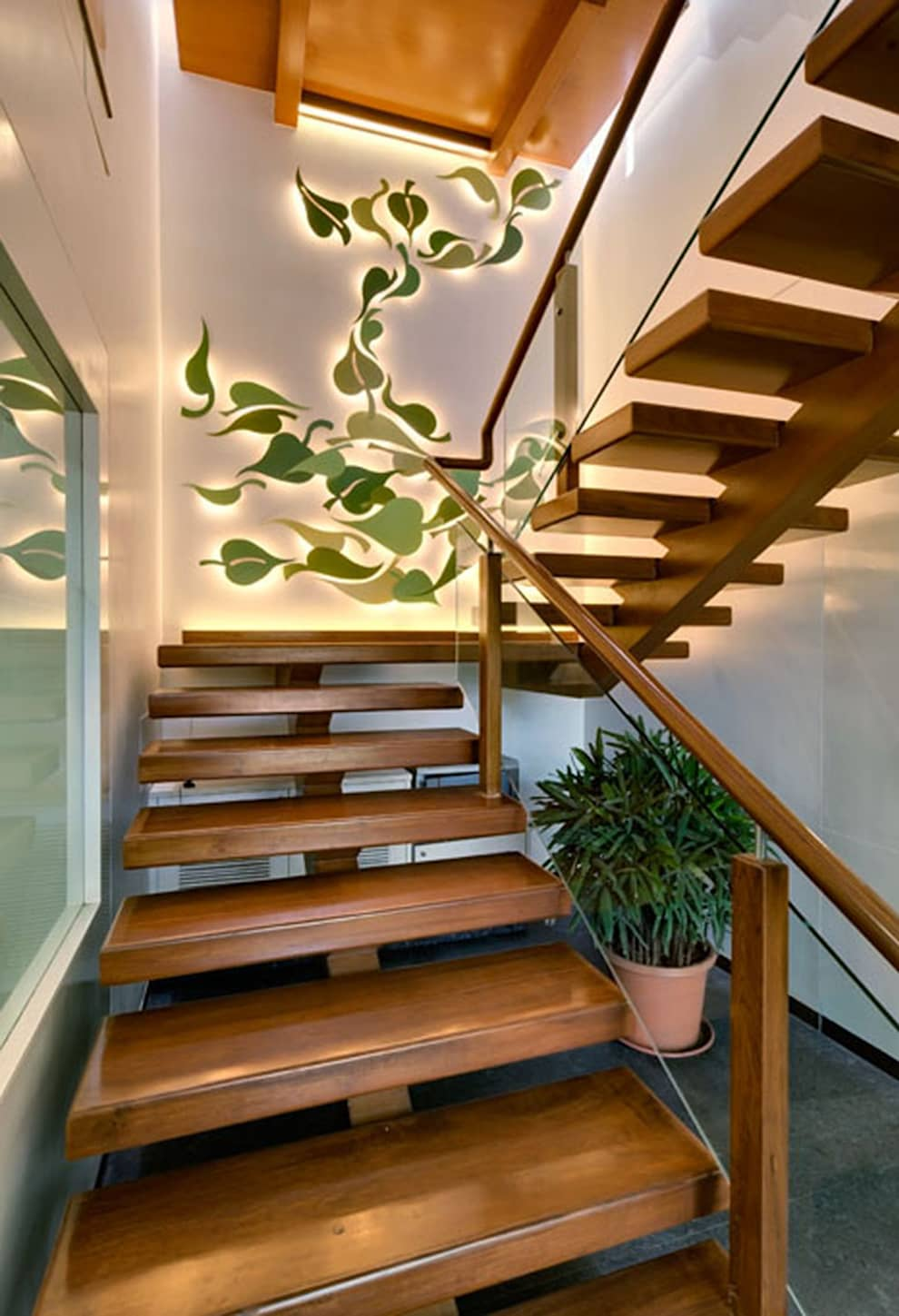 GREEN SPACE REALTORS:  Study/office by ENVIRON PLANNERS