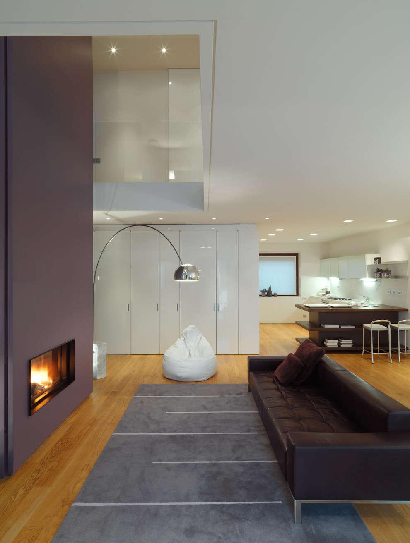 Livings de estilo moderno por studio antonio perrone architetto